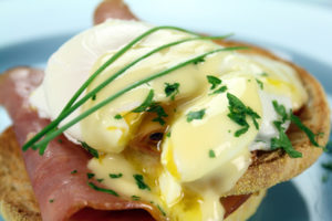 Easy Hollandaise Sauce Recipe